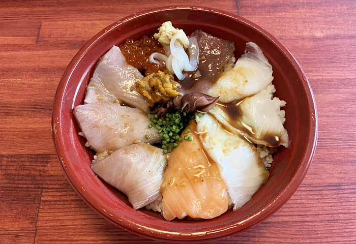 源寿司 古賀市 海鮮丼