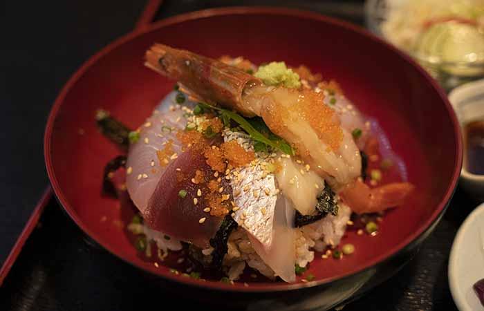 貴よし 海鮮丼